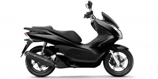 most advanced 125 Scooter for Gran canaria Island trips, best option for 2 riders