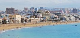 accomodation in hotels, apartments & studios at Canteras beach in Las Palmas City